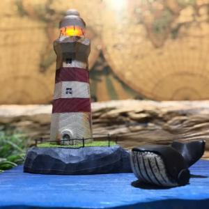クジラと灯台島
