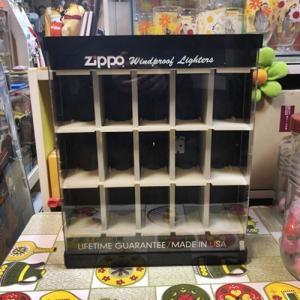 【お店で使われていたZIPPOのケース】