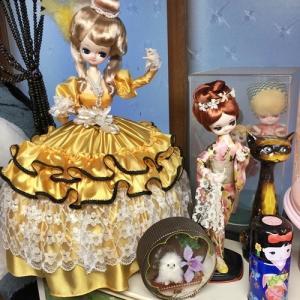 【明日は通常営業していますので宜しくお願いします! ~お着物姿の置き物お人形~】