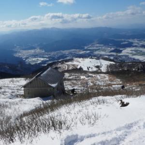 日本百名山  雪の伊吹山 (1,377.3M)   登頂 編 NO2