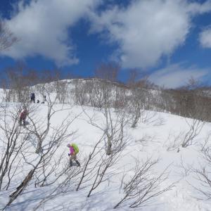 快晴のち雪の 薙刀山 (1,647.2M)   登頂 編 NO3