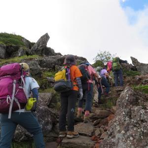 久しぶりに登った 硫黄岳 (2,760M)   登頂編 part 3