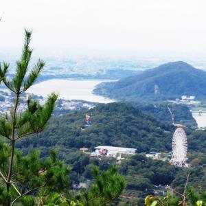 涼しくなった 継鹿尾山 (273M)   下山 編