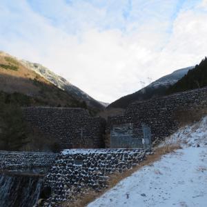 樹氷が素晴らしい 綿向山 (1,110M)    五合目小屋 編