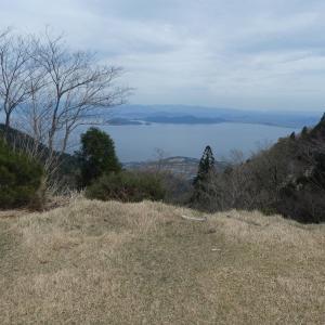 イワカガミ咲く 堂満岳 (1,057M)    下山 編