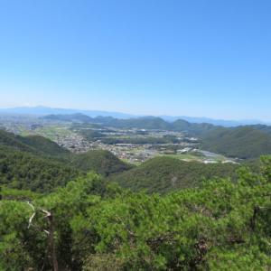 快晴で暑い 八木山 (296M)     下山 編