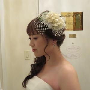 サイドまとめ髪の花嫁さん