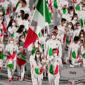 日本への思いを感じさせる東京オリンピックのイタリア選手団のユニフォーム!