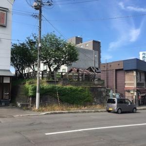 寿司屋通り(於古発通り)に架かっていた旧手宮線の陸橋について〜古い写真がありました