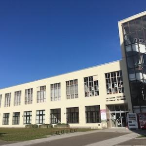 市立小樽美術館・文学館の外壁補修工事が終了して、建物はすっかり綺麗になっています