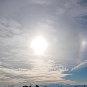 今朝の新潟市   日輪ハロと彩雲
