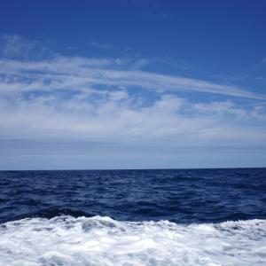 大人の遠足①青空の但馬海岸遊覧