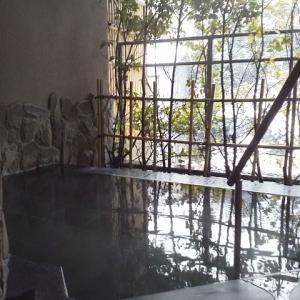 山中温泉 こおろぎ楼~客室露天風呂~