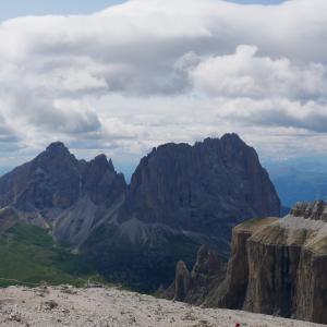 ポルドイ峠;ドロマイトの岩が織りなす絶景の数々