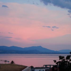 7月のヨーロッパアルプス絶景ルート満喫の旅で出会った朝の風景