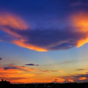 *ダイナミックな雲・・土曜日の空