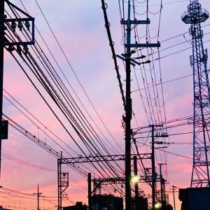 *電線のある夕焼け空