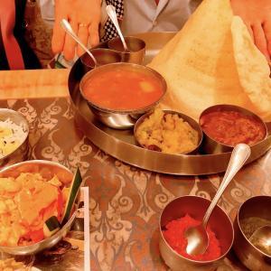 【南北どっちが美味しいの?2種類のインドカレーを食べ比べ!】久々に外食を楽しむことができました