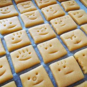 いろんな顔クッキー♪