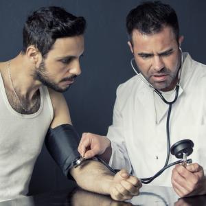 沈黙の殺人者 高血圧 血圧が高い人は注意が必要です。