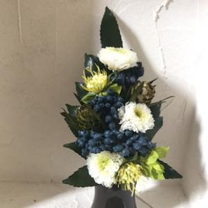コンパクトな仏花