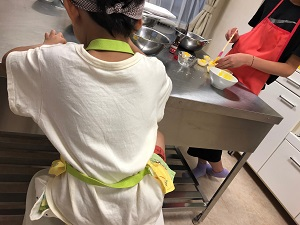 ★秋の子どもお菓子教室「スィートポテト&さつまいものアイス」を開催しました。