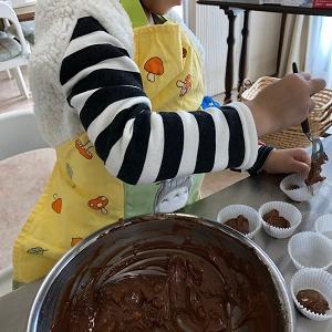 ★バレンタイン子供お菓子教室「ブラウニー」を開催しました。