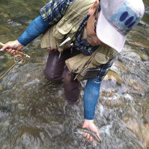 風来坊のフライフィッシング!釣り&おやどに宿泊、うれしいなぁ~♪