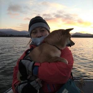 風来坊の桧原湖ワカサギ釣り!今日は愛犬マサ君も一緒に釣りです♪