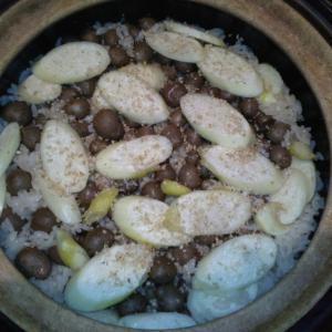 真菰茸(マコモダケ)とむかごの炊き込みご飯