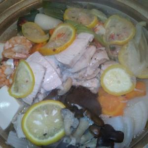 鶏肉とねぎの塩レモン鍋
