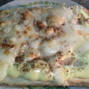 チーズとマヨネーズのトースト