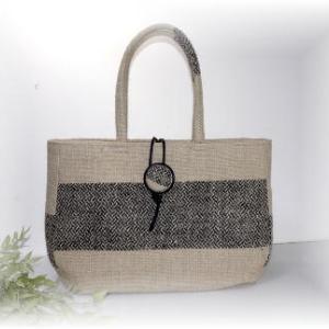 ◆ 麻布の夏バッグまず一つ完成です……◆