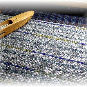◆ 織っています……◆