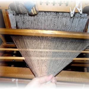 ◆ 服地を織ります……◆