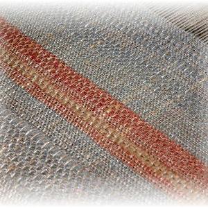 ◆ 試し織りをしていますが……◆