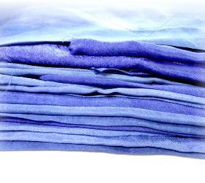 ◆ 青の世界??……ちょっと織ってみました ◆