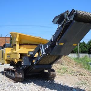 木材破砕業務ページ追加(自走式大型木材破砕機タブグラインダー BR120T-1・MC3000)