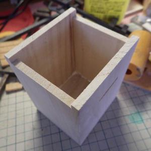 貯金箱の製作 つづき
