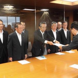友好4会派で、小長井市長に「令和2年度予算編成に向けての要望書」を提出