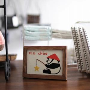 ◎最初の刺繍絵はあいさつからXin chao!