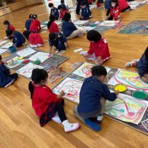 昨日は、全学年『絵画教室』がありました