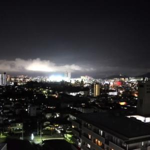 雨 上 が り の 街 と 夜 空 と