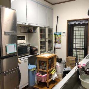 【整理収納実例】ミニマリストなのに収納を使いこなせていないキッチン