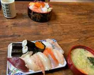 寿司ガーデンさん。