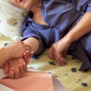 家族の病気や介護/心への触れ方②