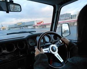 釣り好きの次女が運転免許を取り、幌ジムニーで走る(北海道)
