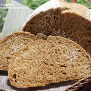 【パン】パラダイス酵母で全粒粉とライ麦のパン・ド・カンパーニュ。
