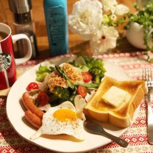 どっちメインかわからない朝食