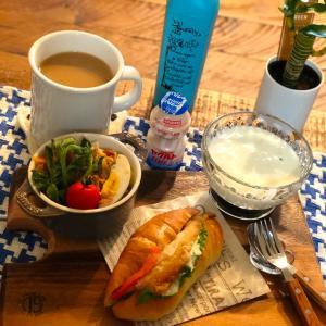 鯖サンドな朝食